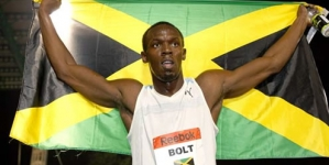 Usain Bolt out after jumping the gun in 100 finals