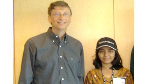 Microsoft Bill Gates Hires Doctors for Arfah Karim of P akistan