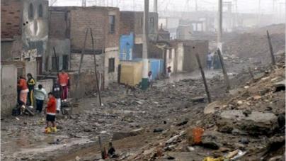 More than 100 injured after earthquake hits coastal Peru