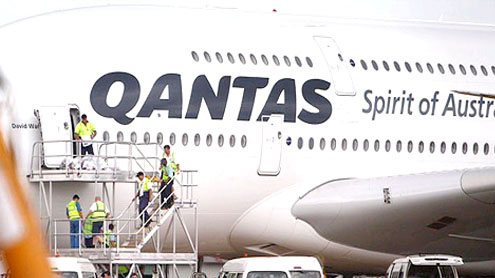 Qantas grounds A380 after finding cracks in wings