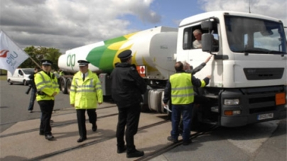 UK puts army on standby for fuel truckers strike