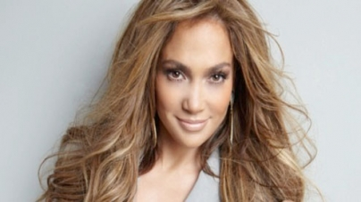 Lopez's 'Dance Again' video slammed for being 'too racy'