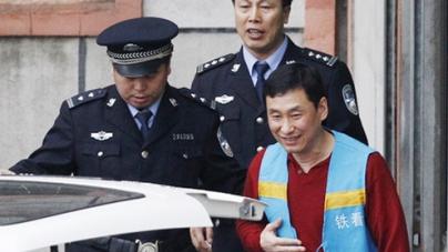 China football ex-chiefs Nan Yong and Xie Yalong jailed