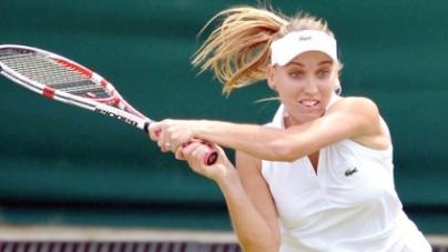 Venus crashes to 15-year Wimbledon low