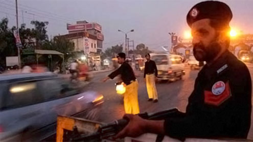Violence claims 19 lives in Karachi