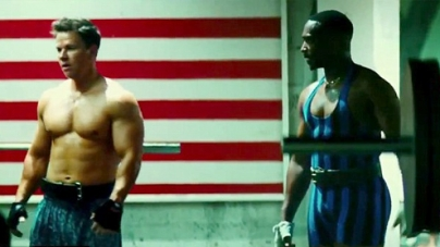 Mark Wahlberg shows off his muscular physique in new action comedy movie Pain & Gain