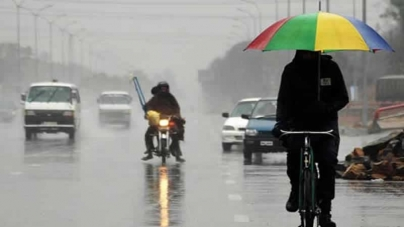 At Least Six Dead As Over 300mm of Rain Submerges Lahore