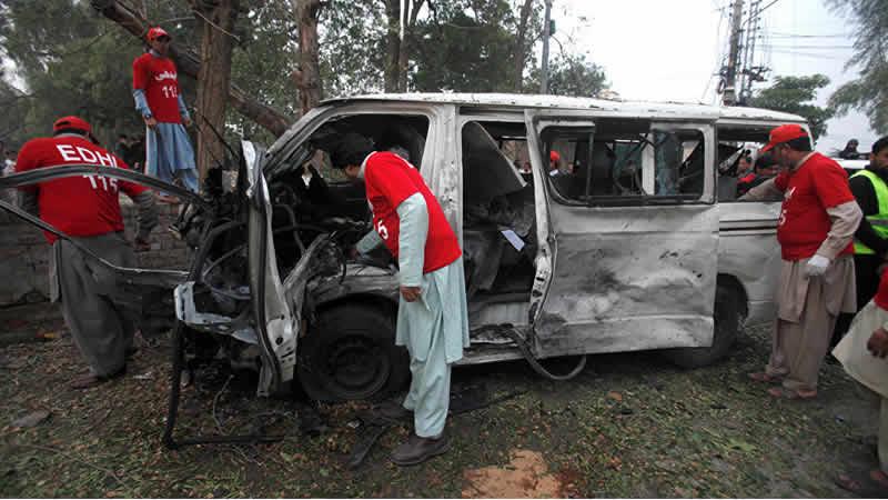 'Suicide Bomber' Targets Judges Van In Peshawar, Driver killed