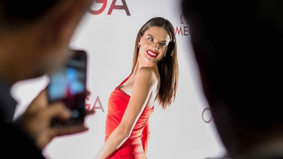 OMEGA celebrates the new Aqua Terra collection with Alessandra Ambrosio