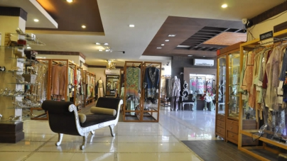 High-end Fashion Destination in Lahore