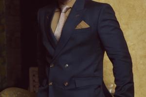 Andre Emilio Suiting