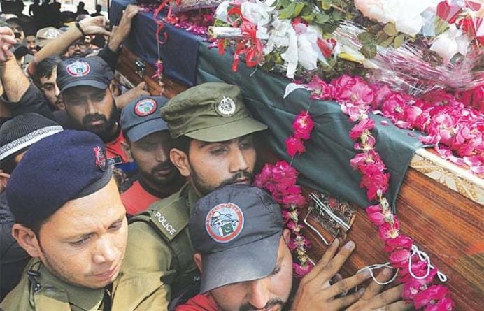 Officials see TTP offshoots behind Data Darbar blast