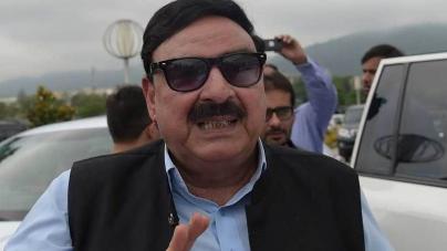 Railways deficit case: SC summons Sheikh Rasheed on January 28
