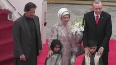 Turkish President Erdogan arrives in Islamabad