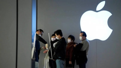 Global Smartphone Sales Fell 14% in February as Coronavirus Spread: Counterpoint