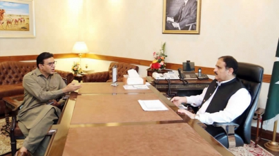 Decision to Ease Lockdown Made after Collective Consultations: CM