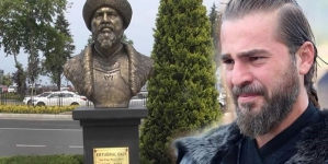Ertugrul's Statue bearing Resemblance to Engin Altan Removed in Turkey