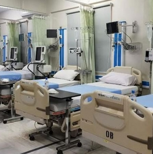Lahore Public Hospitals Running out Space for New Patients