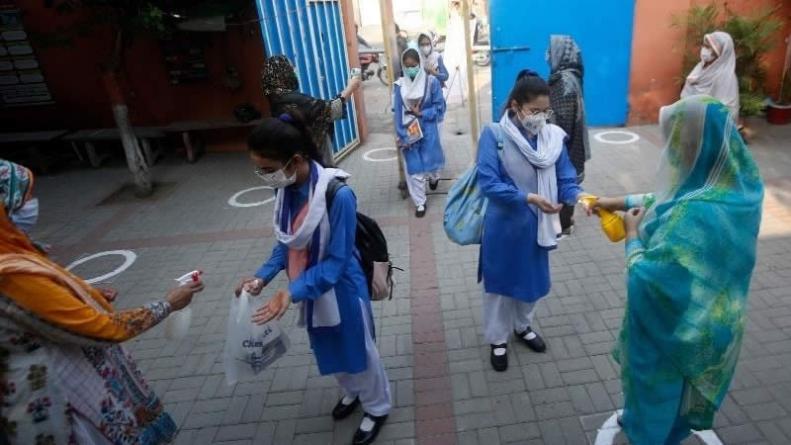 NCOC reviews Policies on Schools after Coronavirus Surge