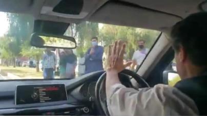 PM Imran Khan Inspects handcart Market in Islamabad